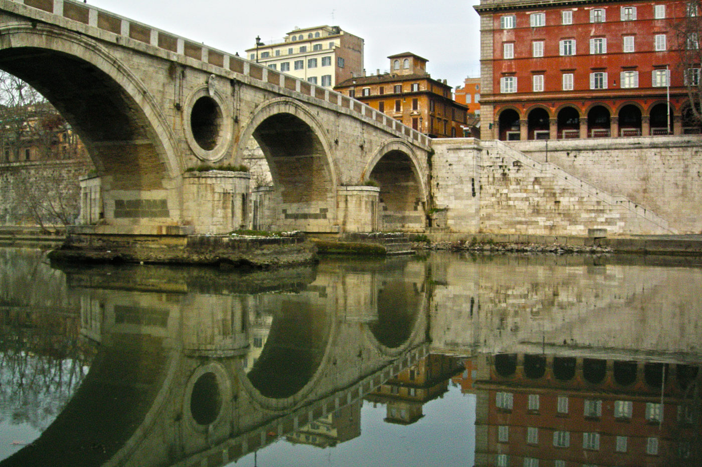 Roma Tevere Ponte Sisto