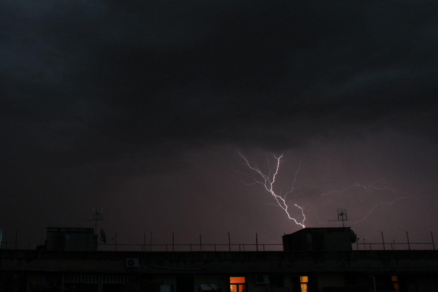 Roma di Notte lampi fulmini