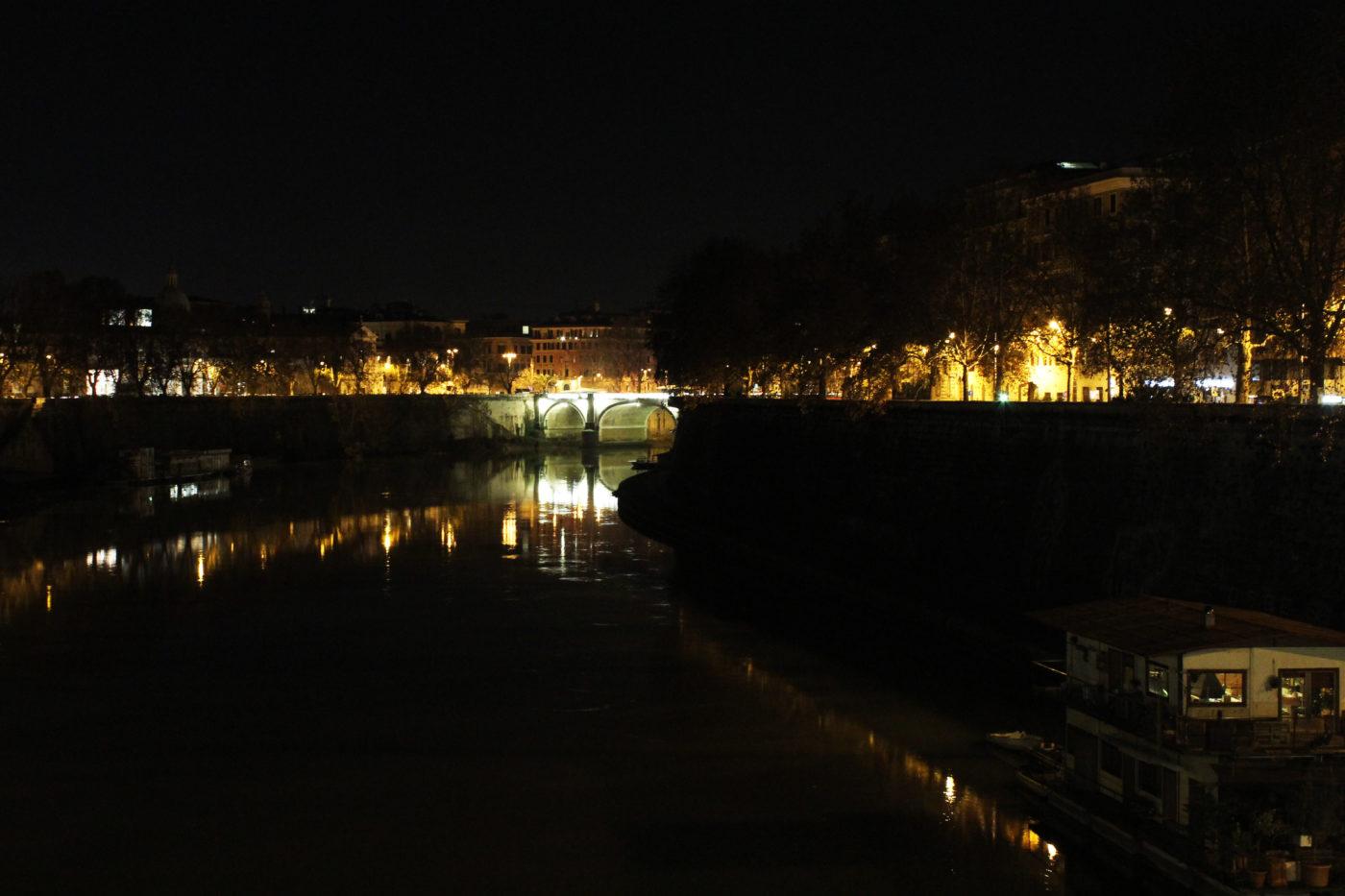 Roma di Notte Tevere
