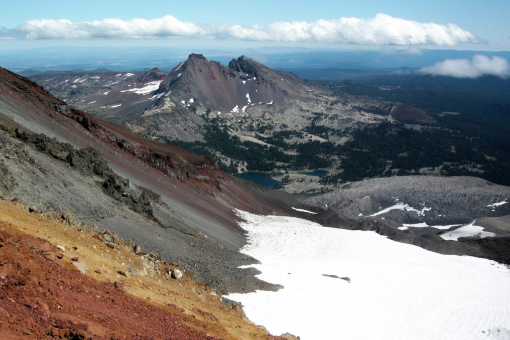Trekking In Oregon - Three Sisters South sister